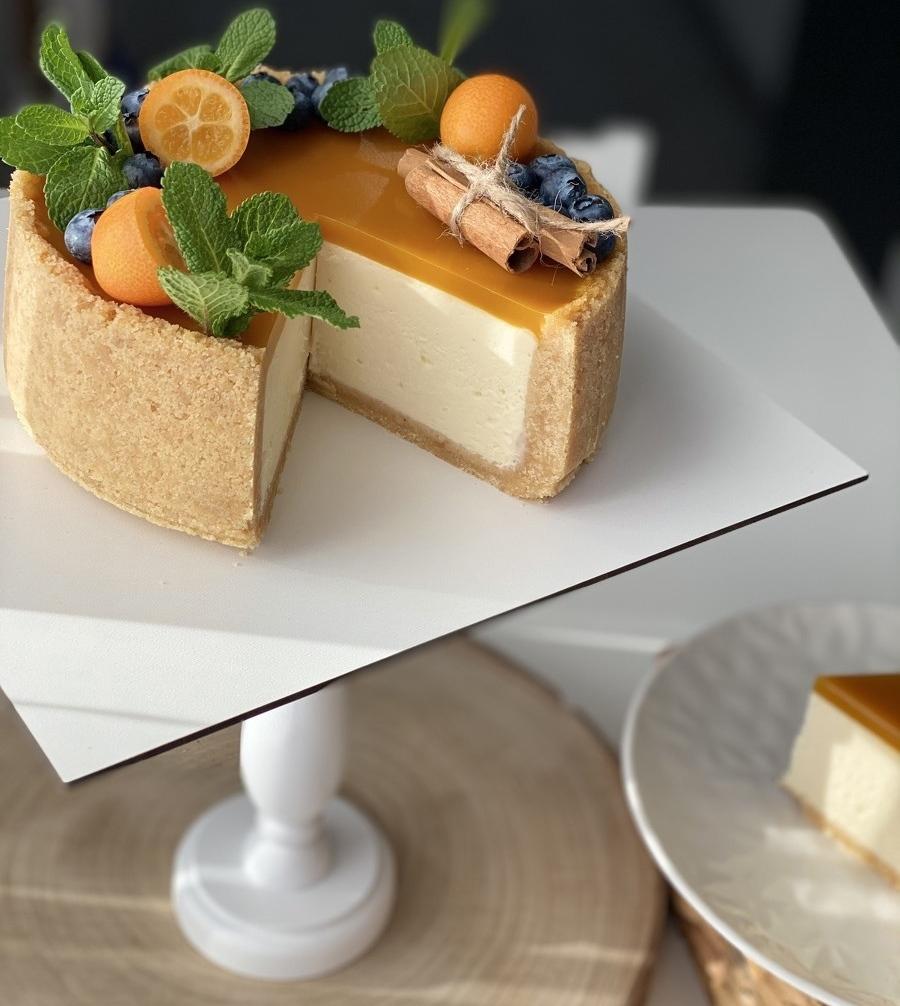Какие бывают поворотные подставки для торта - по форме и размеру - фото