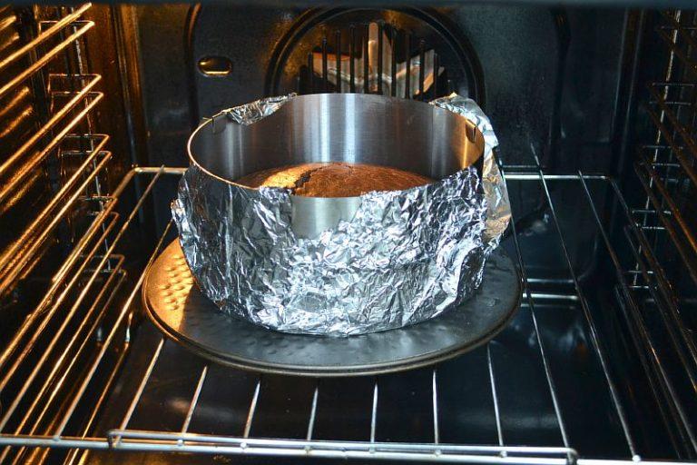 Почему бисквит не получается пышным - быстрое остывание - фото