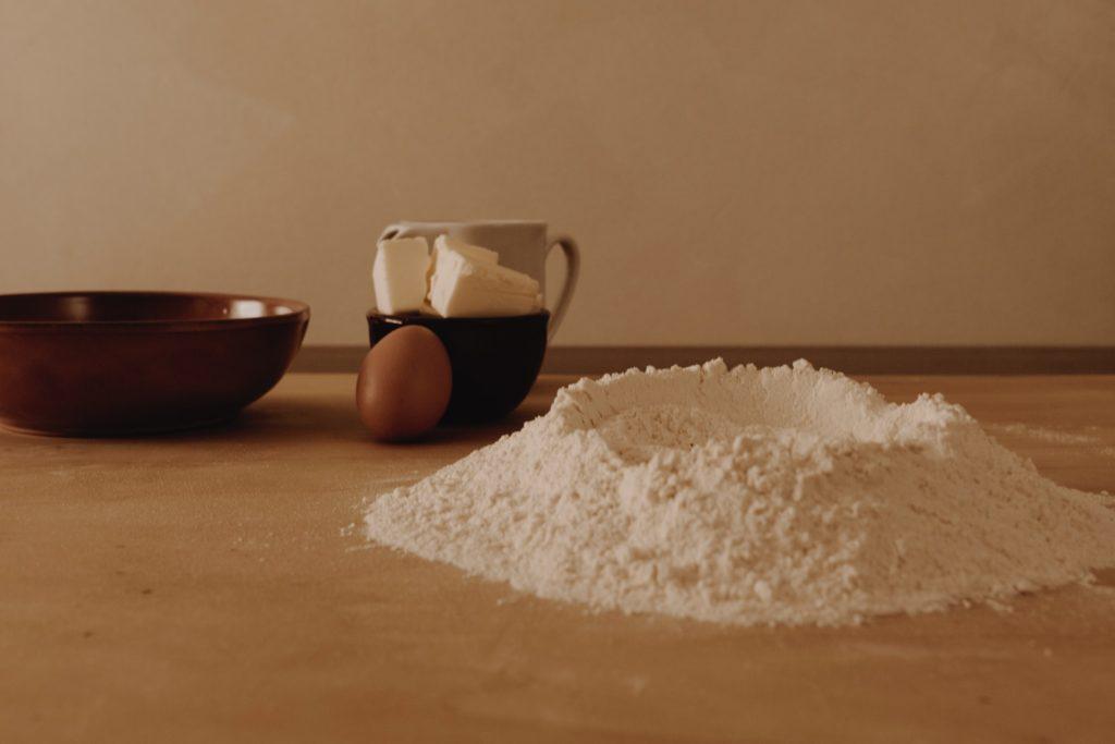 Чем лучше заменить рисовую муку  - цельнозерновая пшеничная мука - фото