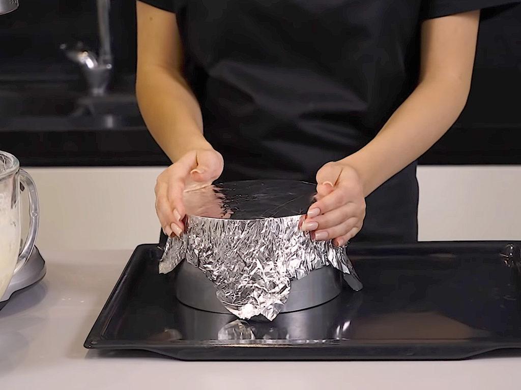 Чем заменить пергаментную бумагу для выпечки - фольга - фото