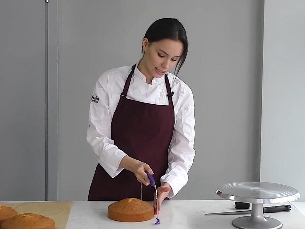 Как ровно разрезать бисквит на коржи струной - 4 этап - фото