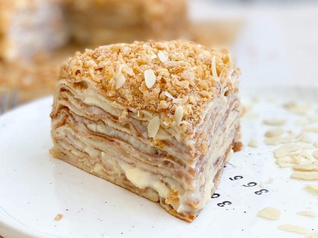 Какие торты нельзя замораживать - белковый крем - фото