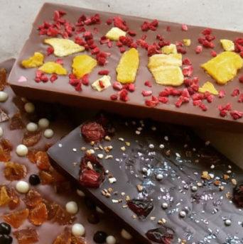 Почему белеет шоколад - фото