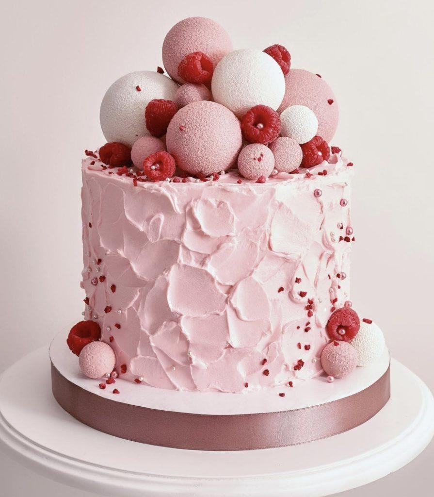 Как правильно покрасить крем чиз - в красный и розовый - фото