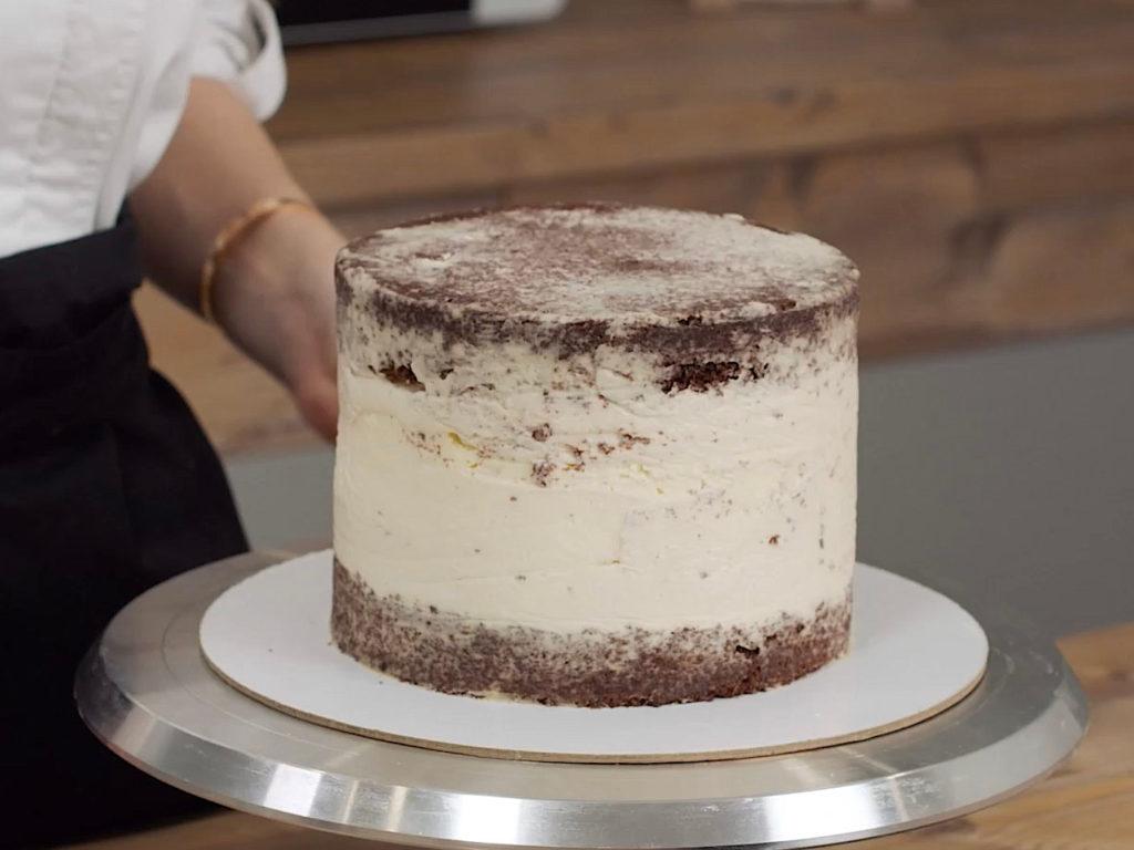 Как правильно выравнивать торт крем чизом - фото