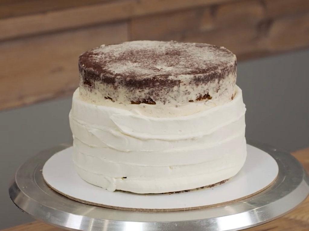 Как выровнять торт кремом чиз - этап 1 - первый способ - фото