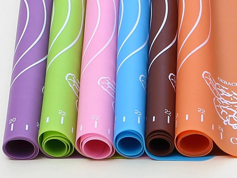 Какой коврик для выпечки лучше - силиконовый - фото