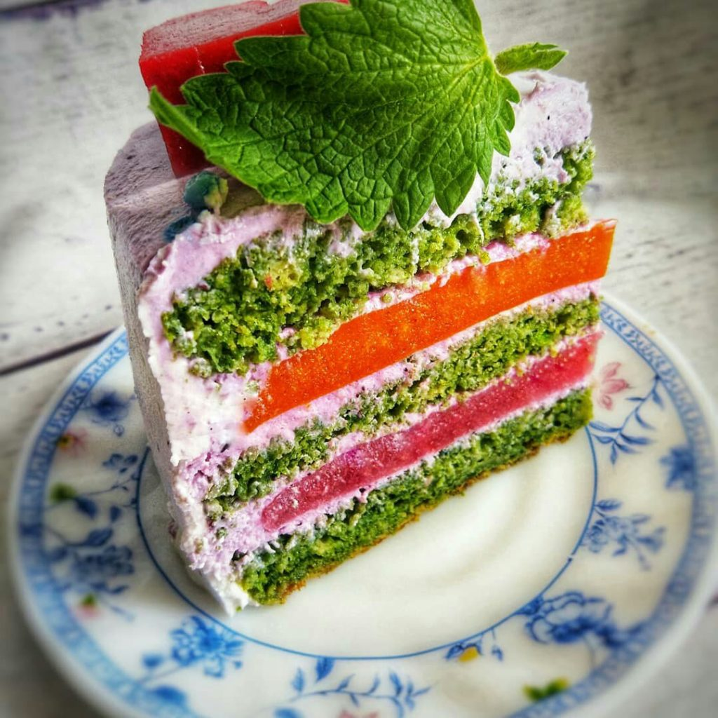 Продукты, которыми можно заменить зеленый пищевой краситель - фото