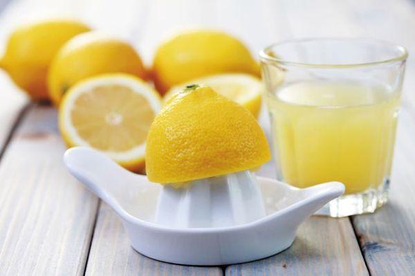 Как взбить сливки 10 и 20 процентов - с лимонным соком - фото