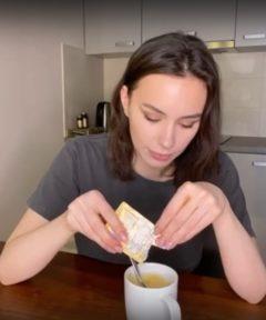 Рецепт шоколадного кекса в кружке - фото к рецепту №4