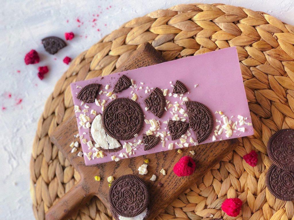 Должен ли шоколад таять в руках - фото