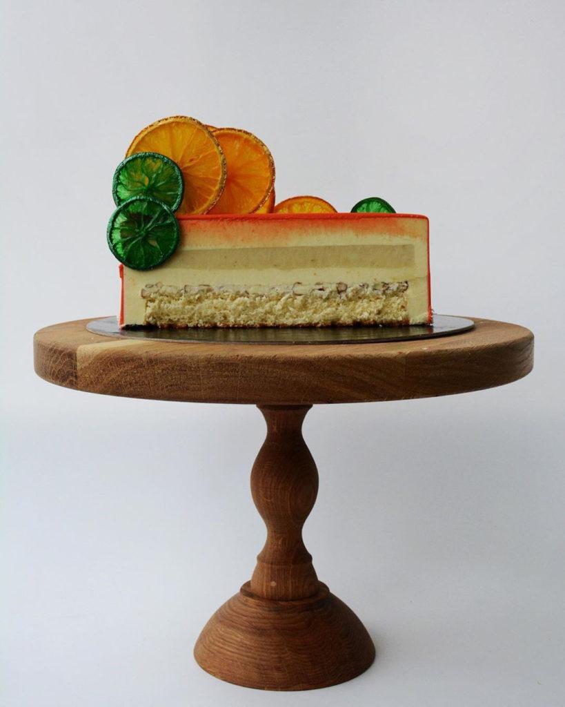 Как украсить торт фруктами  -  21 вариант - фото