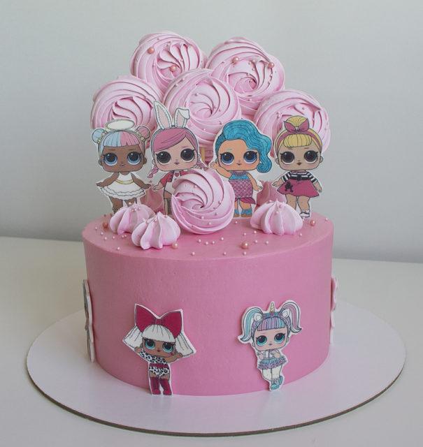 Варианты оформления торта сахарной картинкой- фигурки - фото