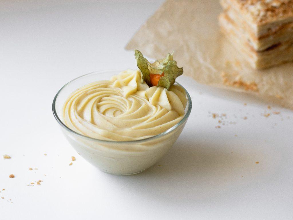 Рецепт заварного крема со сгущёнкой для «Наполеона» - фото