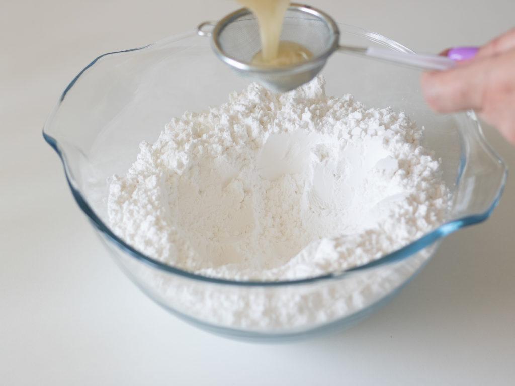 Мастика из сахарной пудры на желатине - этап 3