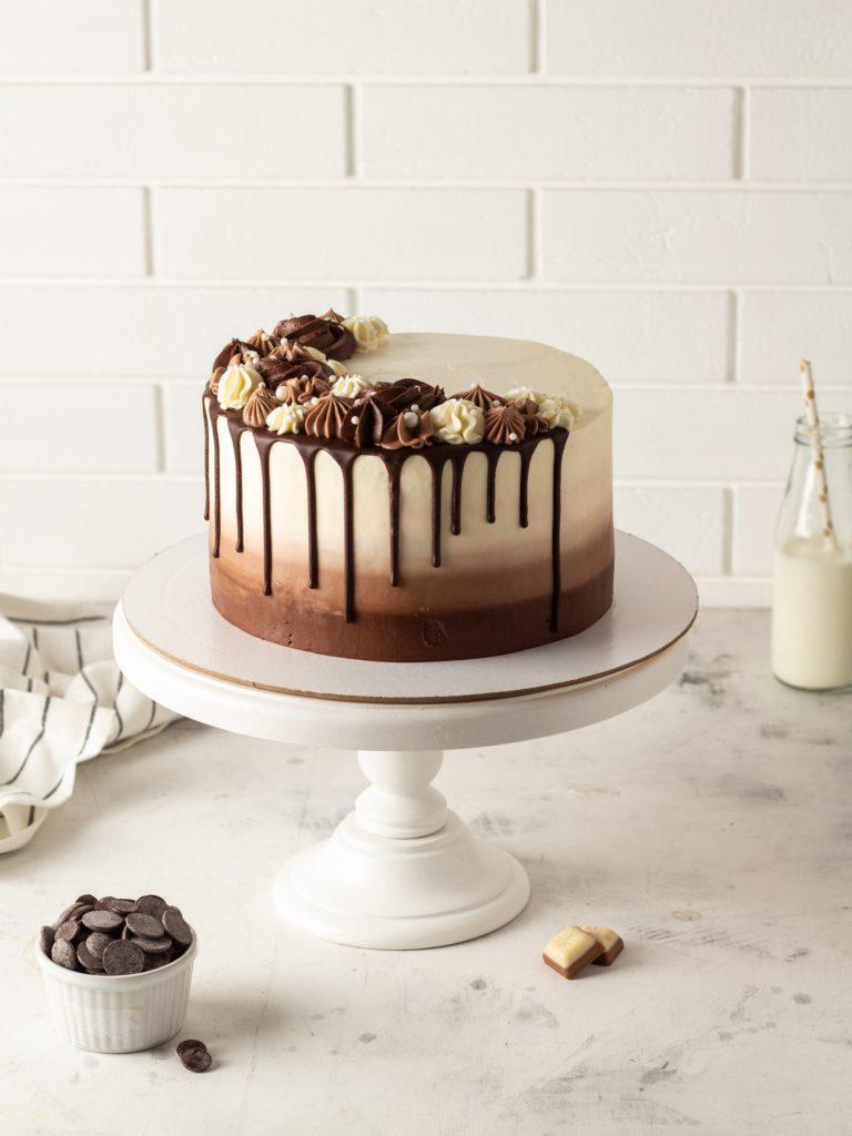 Глазурь «Гурме» для украшения торта - фото
