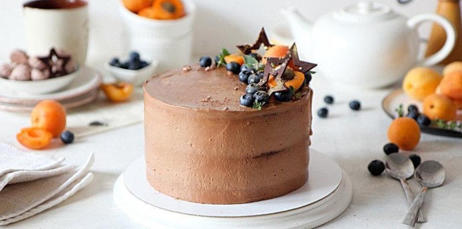 Сколько хранится торт в холодильнике - фото